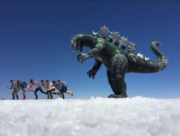 【ボリビア/ウユニ塩湖】奇跡の絶景 ツアー参加中の様子